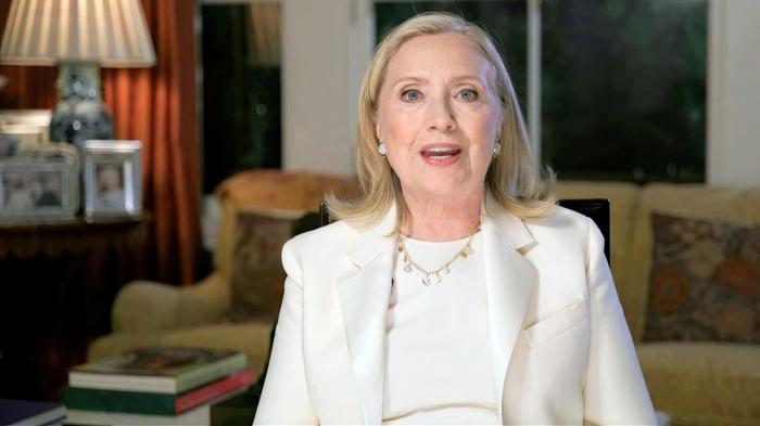 Hillary Clinton schreibt Politthriller
