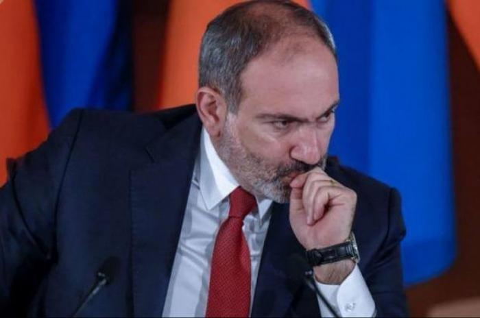 El Estado Mayor del Ejército de Armenia exige la dimisión de Pashinián