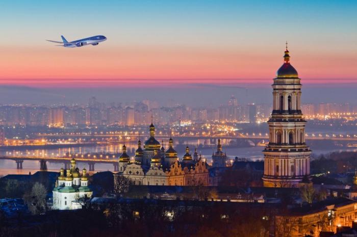 AZAL to launch special flights from Baku to Kyiv