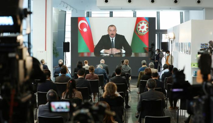 İlham Əliyev mətbuat konfransı keçirdi - VİDEO (YENİLƏNİB)