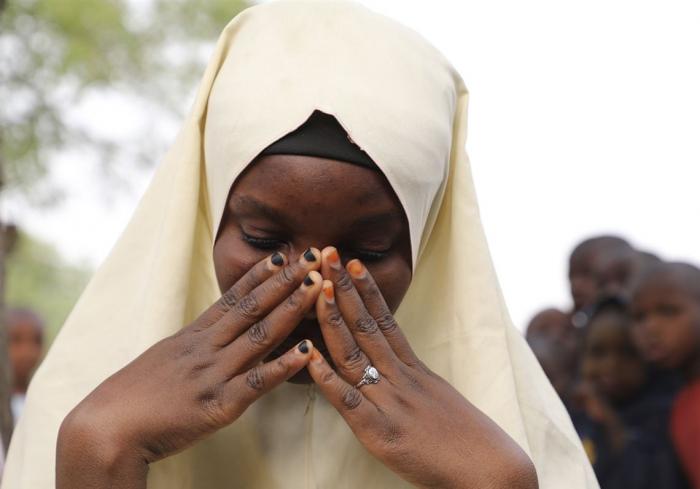 317 girls kidnapped from Nigerian boarding school