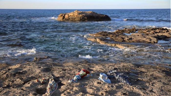 Près de 100 migrants secourus au large de la côte ouest de la Libye