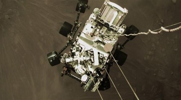 ناسا تعرض أول صورة ملونة للمريخ