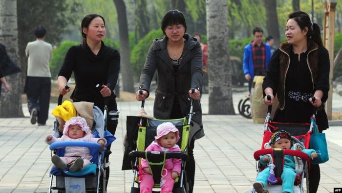 Ötən il Çində 10 milyon uşaq dünyaya gəlib