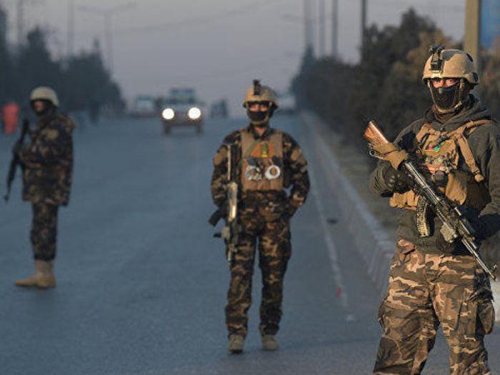 Əfqanıstanda hərbi bazaya hücum:    Ölənlər var