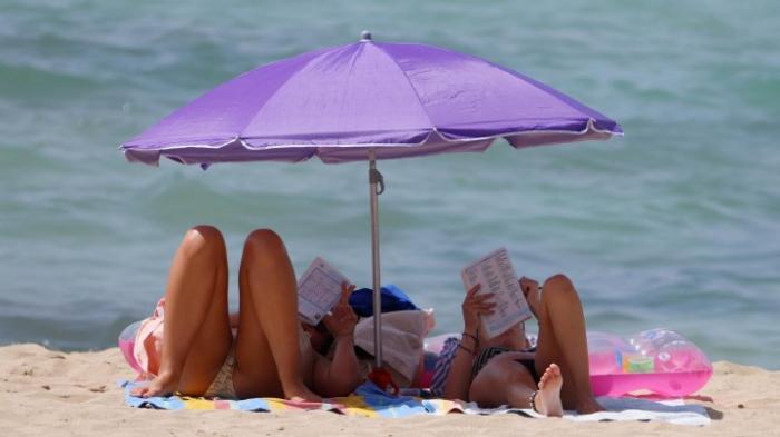 Tourismusbeauftragter Bareiß glaubt an Sommerurlaub im Ausland