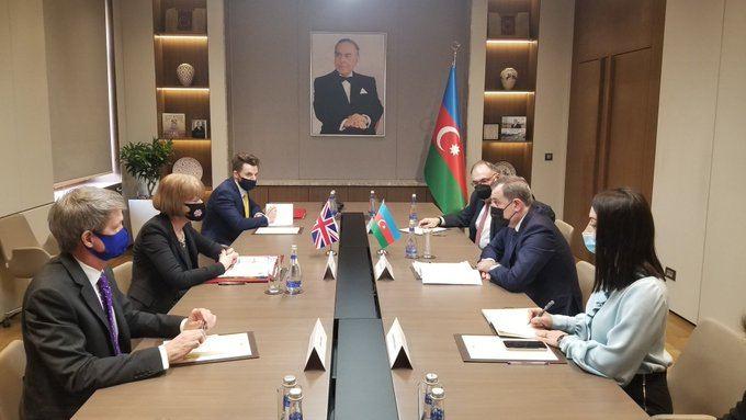 Meeting between Azerbaijani FM and UK Minister kicks off