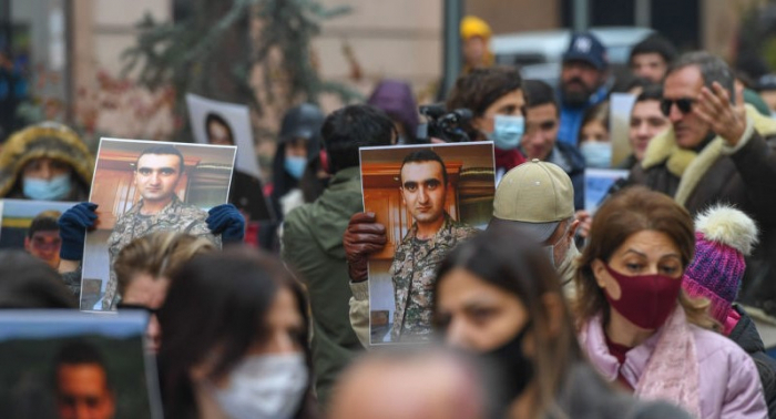 Parents of missing Armenian servicemen hold protest rally in front of Russian Embassy in Yerevan