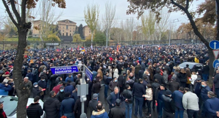 Armenia opposition movement holds rally outside parliament building