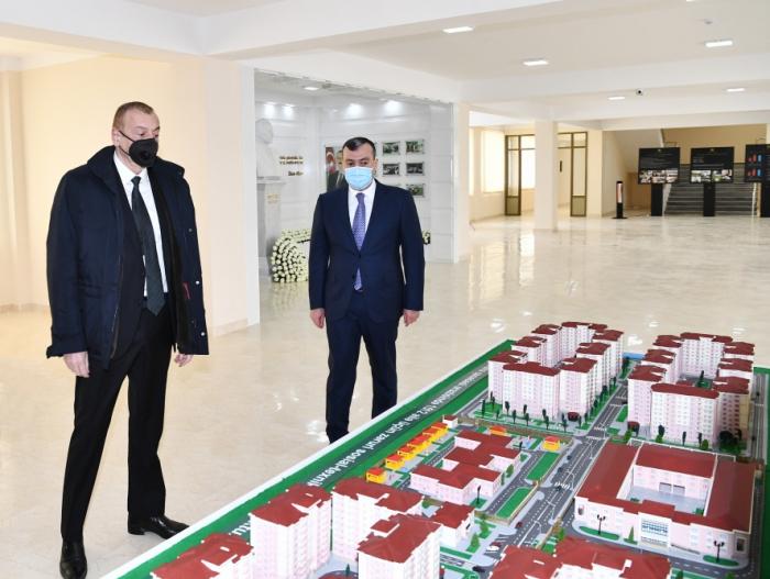 Ilham Aliyev se reunió con las familias de mártires y veteranos-FOTOS