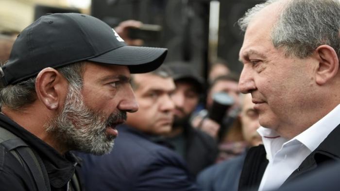 """""""Hərbi vəziyyət kiminsə məqsədlərinə xidmət etməməlidir"""" -  Sarkisyan"""