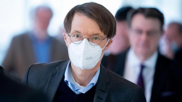 Lauterbach (SPD) und Habeck (Grüne) für neue Test-Strategien