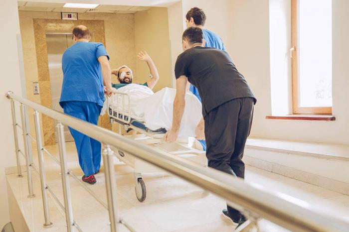 İsrailli həkimlər 25 qaziyə protez göz köçürdü -  FOTOLAR