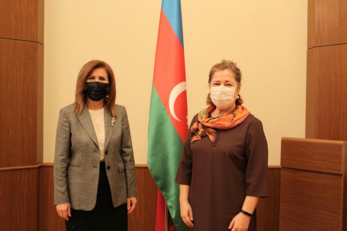 رئيسة اللجنة تلتقي مع ممثلة منظمة الصحة العالمية في أذربيجان - صور