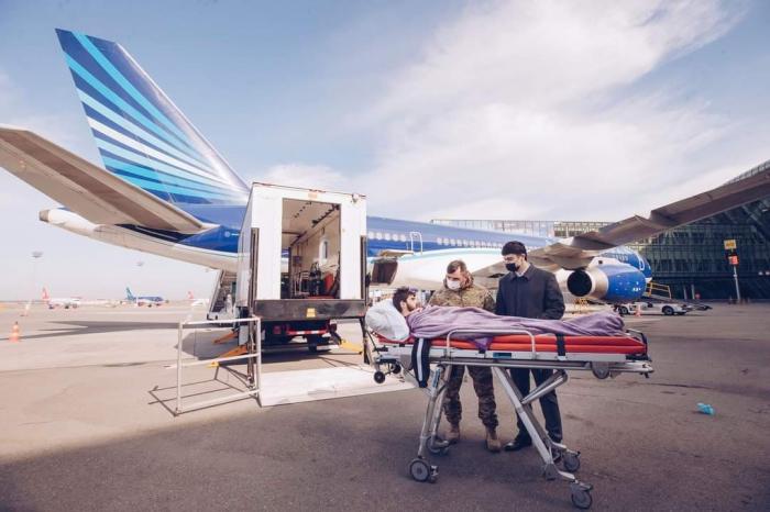 """El Fondo """"YASHAT"""" envía a 10 veteranos más gravemente heridos en la Guerra Patria a Turquía para el tratamiento-Fotos"""