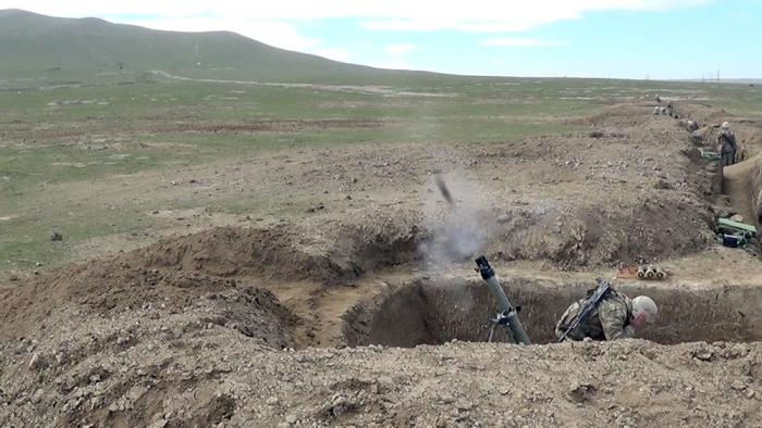 Des exercices de tir au combat des batteries de mortier sont en cours -   VIDEO