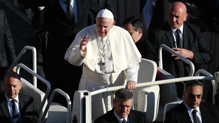 Papst Franziskus warnt vor neuer Sintflut