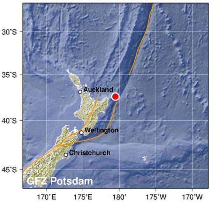 Yeni Zelandiya sahillərində 7,3 bal gücündə zəlzələ oldu