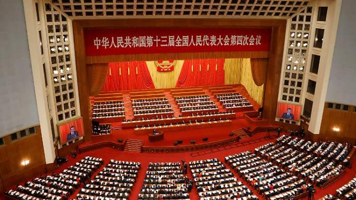 China setzt sich ehrgeiziges Wachstumsziel