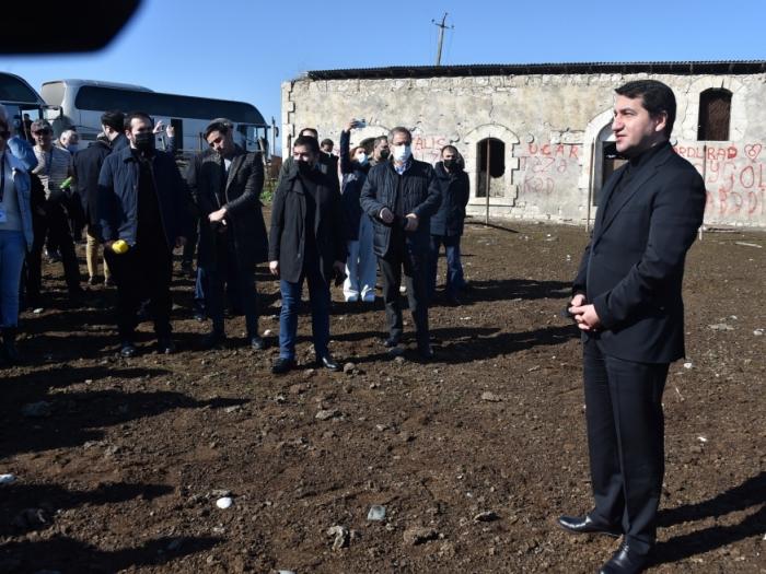 Los diplomáticos fueron informados sobre el ecoterrorismoperpetrado por Armenia durante la ocupación de tierras azerbaiyanas