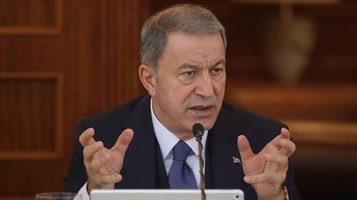 """""""Seguiremos siendo un solo corazón con Azerbaiyán"""" -   Hulusi Akar"""