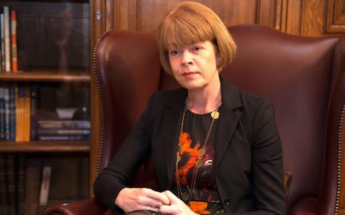 La ministra británica expresa sus felicitaciones a las mujeres azerbaiyanas