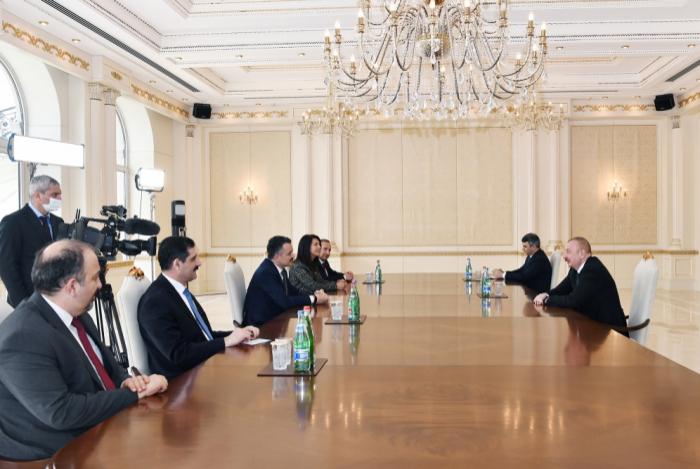 Azerbaijani President receives Turkish delegation