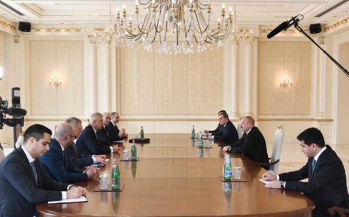 President Ilham Aliyev receives Slovak FM - UPDATED