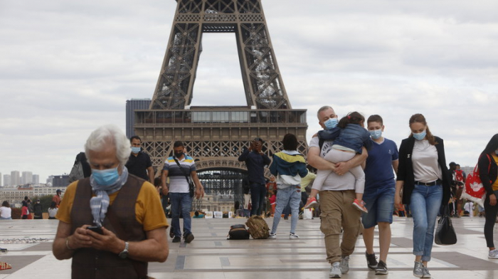 France to tighten COVID-19 restrictions in Paris, other regions