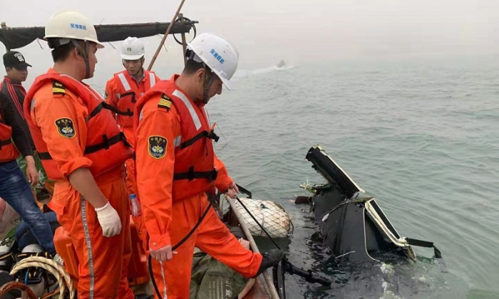 Helicopter plunges into sea in east China, 3 killed