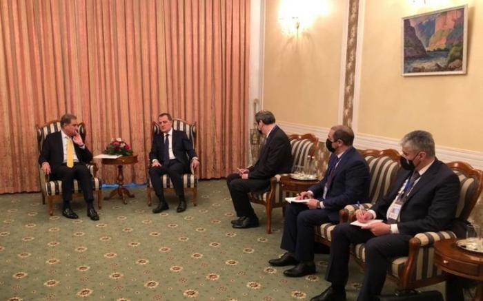 Azerbaijani and Pakistani FMs meet in Dushanbe
