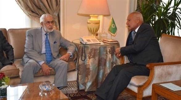 أبو الغيط يبحث مع سيالة تطورات الأزمة الليبية