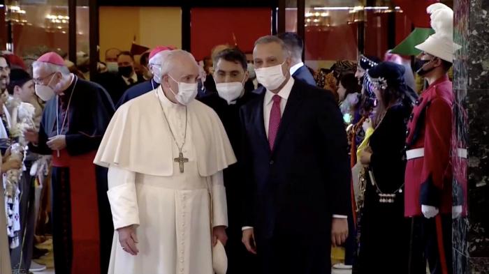 الكاظمي يعلن يوم زيارة بابا الفاتيكان للعراق يوما وطنيا للتسامح