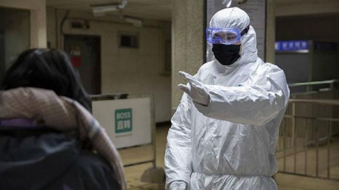 Koronavirus xəstəsi hava limanında öldü