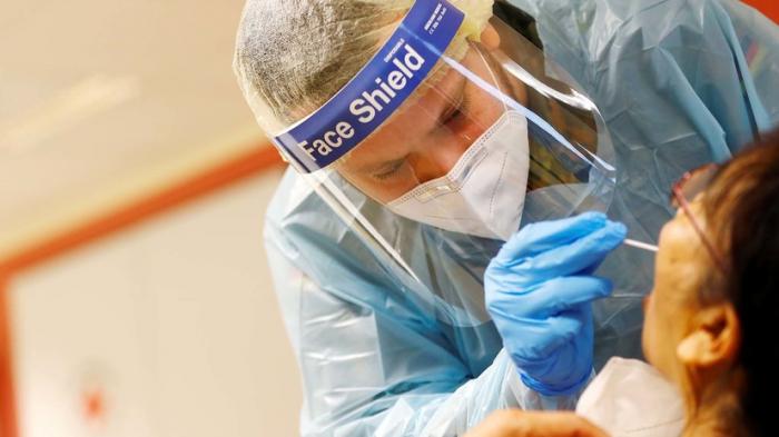 Almaniyada 75 mindən çox insan virusdan ölüb