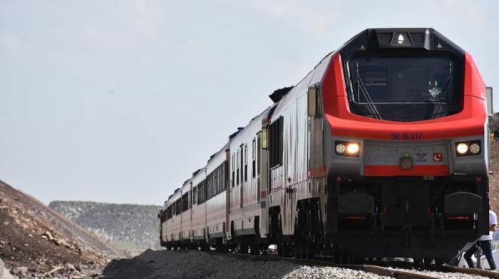Parte hacia China el tercer tren de exportación desde Turquía a través de BTK