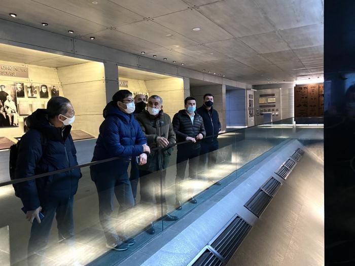 Japanese businessmen visit Azerbaijan's Guba genocide memorial complex