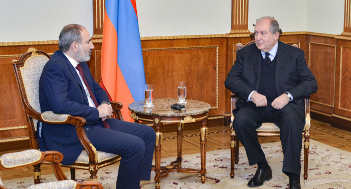Armenian President, PM discuss situation in the country