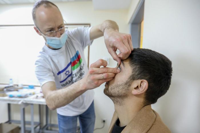 İsrailli həkimlər daha bir qazimizə kömək edib -  FOTO