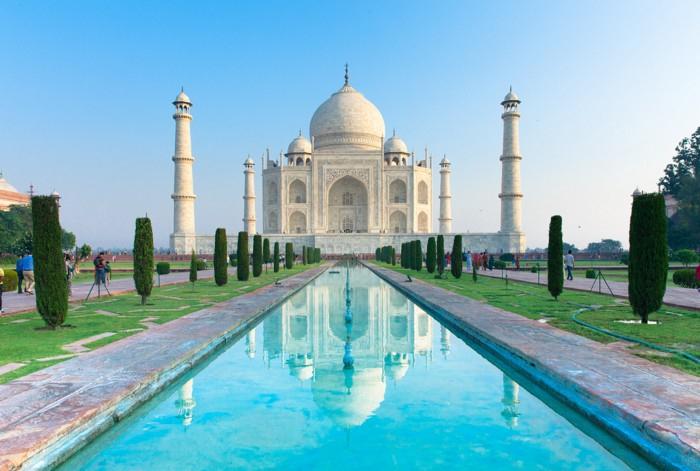 Tac-Mahal bomba təhlükəsinə görə boşaldıldı