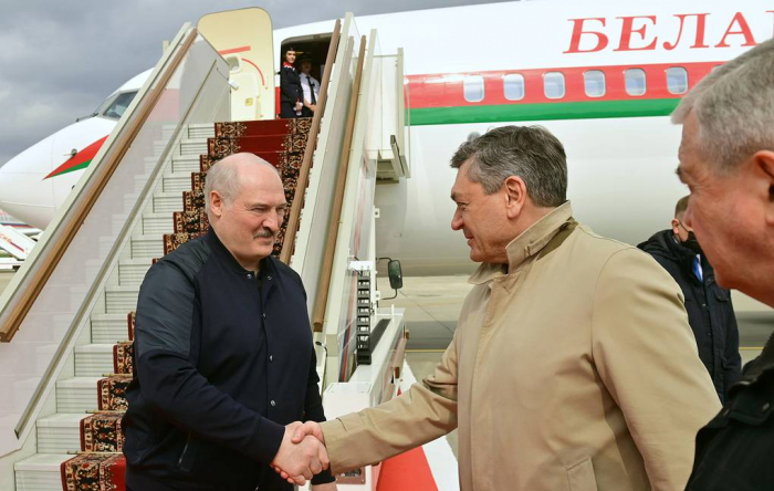 Belarusian president arrives in Moscow for talks with Putin