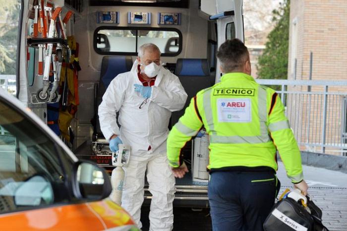 İtaliyada daha 344  nəfər koronavirusdan ölüb