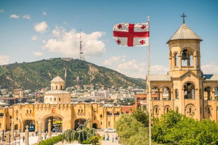 Gürcüstanda 13 günlük tətil elan olundu