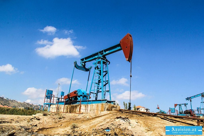 Azerbaijani oil jumps on world markets