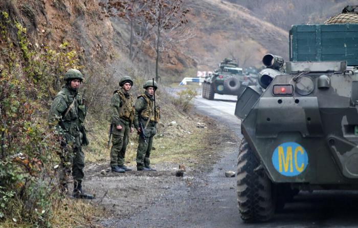 Los pacificadores rusos escoltaron a los armenios a Kalbajar