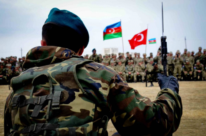 Se ponen en marcha los ejercicios conjuntos de los ejércitos de Azerbaiyán y Turquía