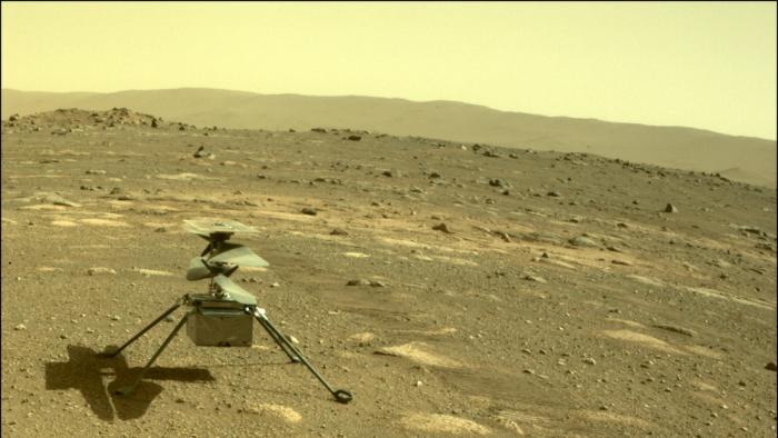El minihelicóptero Ingenuity de la NASA logra sobrevivir a la noche marciana, con temperaturas de -90 °C