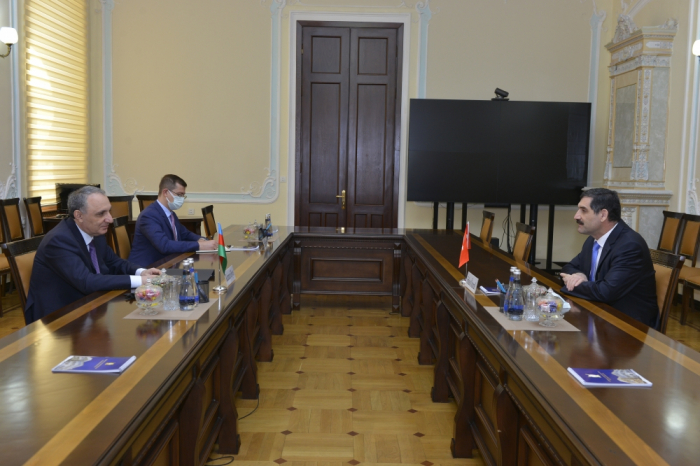 النائب العام يستقبل سفير تركيا