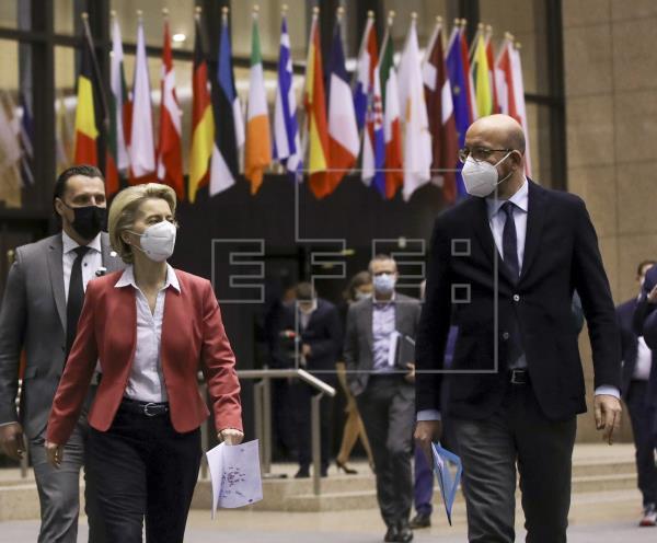 La cúpula de la UE intenta en Ankara encauzar las relaciones con Turquía