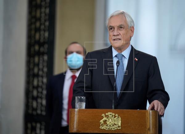 Chile aplaza las megaelecciones a solo cuatro días y en pleno pico de la pandemia